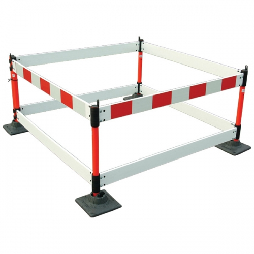 Champion&#8482 Folding Barrier System 0.75 metre x 4 style
